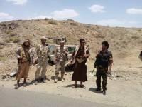 البيضاء.. مدفعية الجيش الوطني تستهدف مواقع وتعزيزات الميليشيا في الملاجم