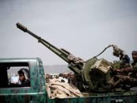 الحوثي يعترف بمقتل 14 من قياداته الميدانية بمعارك في مأرب