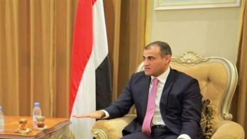 وزير الخارجية يشيد بالعلاقات اليمنية-الأمريكية