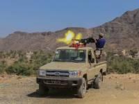 مصرع 37 حوثياً في مواجهات شمال وغرب تعز