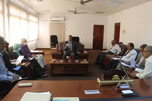 وزير الشؤون الإجتماعية والعمليرأس الإجتماع الدوري لمجلس الوزارة