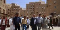 الارياني يزور عددا من المعالم الحضارية والتاريخية بمدينة تريم