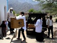مركز الملك سلمان يرفد مرفق صحي بالأدوية في منطقة نائية غربي لحج