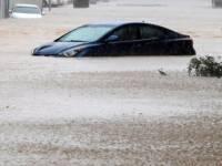"""الإعصار """"شاهين"""" يودي بحياة 3 أشخاص في عمان"""